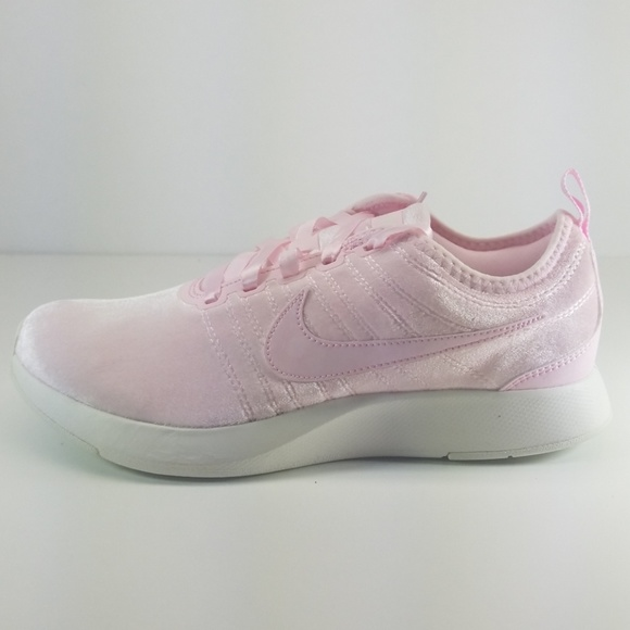 c8dd7ba72e Nike Shoes | Dualtone Racer Se Girls Women | Poshmark
